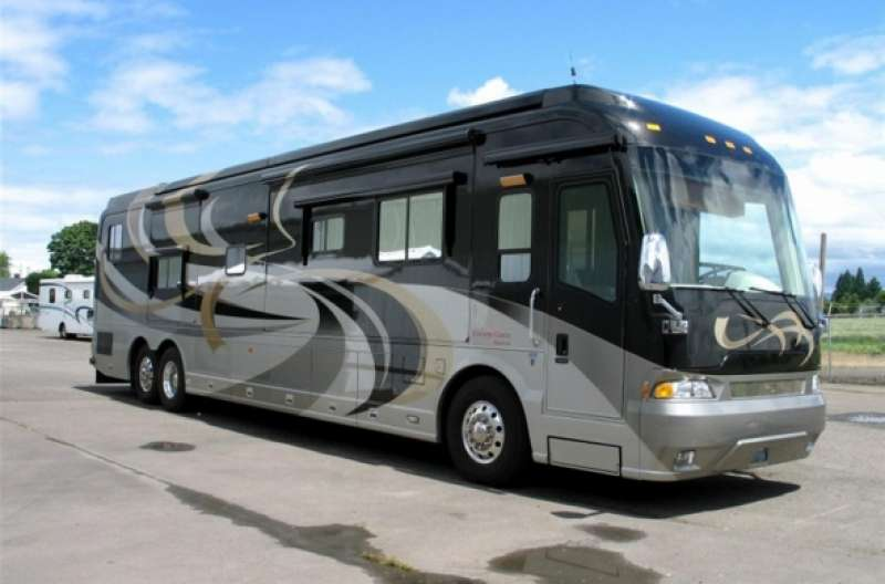 Exterior photo of 2009 MAGNA DONATELLO 45'