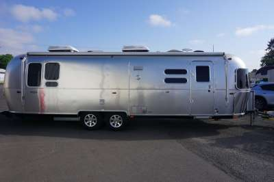Addtional photo of 2018 AIRSTREAM FLYING CLOUD