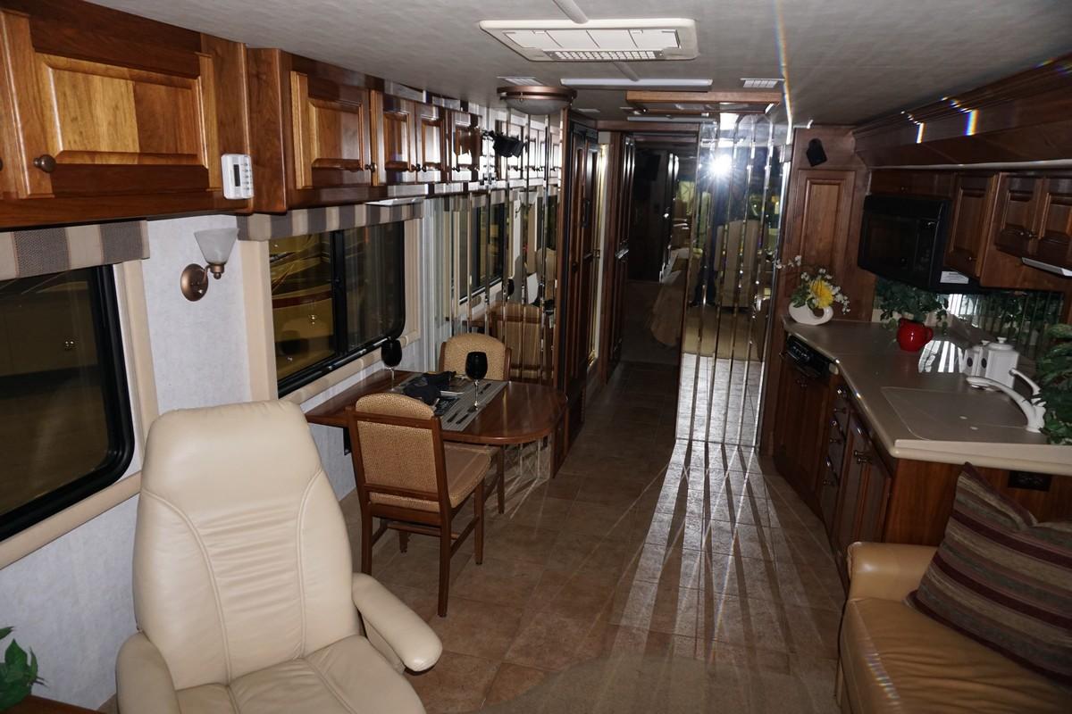 Interior photo of 2002 ALLURE SUNRIVER 36'