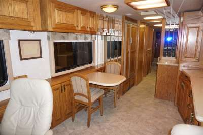 Addtional photo of 2002 INTRIGUE SUITE 40'