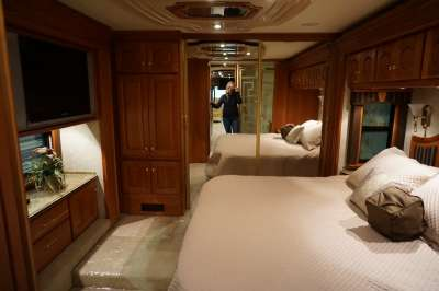 Addtional photo of 2006 INTRIGUE OVATION 42'