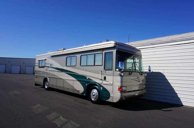 Exterior photo of 2002 INTRIGUE EVENING STAR 36'
