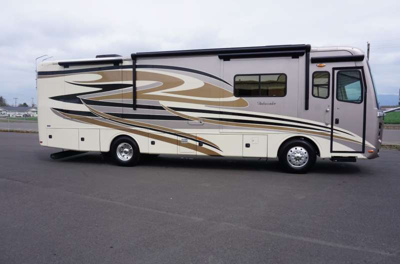 Exterior photo of 2013 HOLIDAY RAMBLER AMBASSADOR 36'