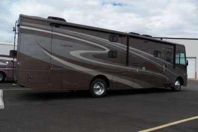 Addtional photo of 2015 WINNIE VISTA 35B