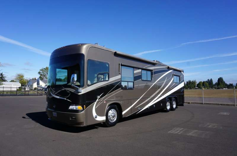 Exterior photo of 2007 ALLURE MCKENZIE BRIDGE 40'