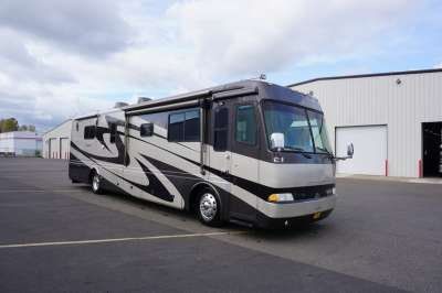 Addtional photo of 2004 BEAVER MONTEREY 40'