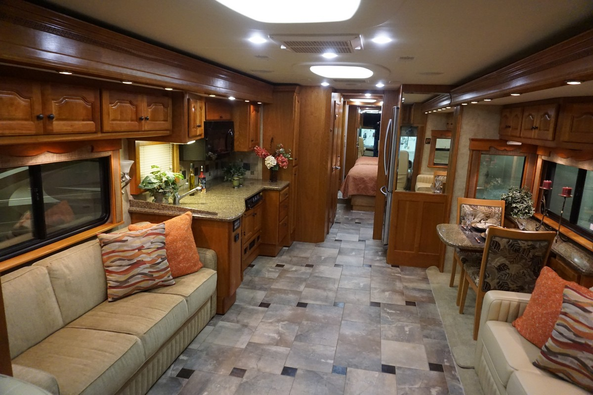 Interior photo of 2008 ALLURE SUNSET 37'