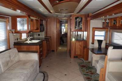 Addtional photo of 2007 AFFINITY STAGS LEAP 45'