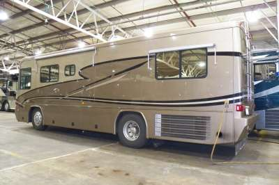 Addtional photo of 2002 ALLURE SPRINGS PORT 32'