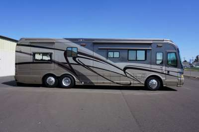 Addtional photo of 2005 MAGNA MATISSE 40'